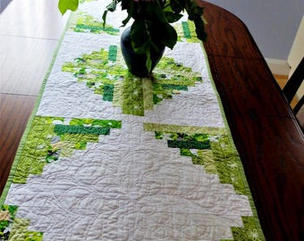 Green and white table runner, patchwork quilted log cabin style modern table runner, St Patrick's Day table decor