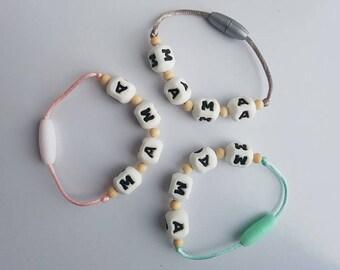 MAMA BPA free silicone teething breastfeeding bracelet