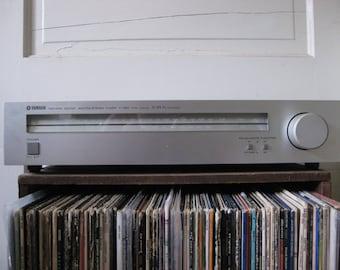 Vintage Yamaha T-460 AM/FM Stereo Tuner, Sleek stereo, Audiophile