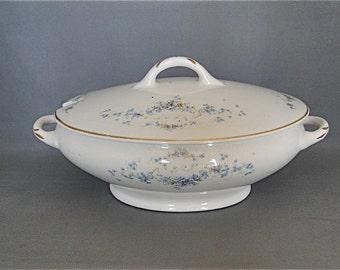 Vintage Covered Casserole Stinthal China Co. Crooksville Ohio