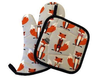 Fox and the Houndstooth Oven Mitt and Pot Holder Set