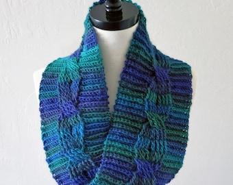 Crochet Pattern ~ Midnight Cabled Cowl ~ Crochet Pattern