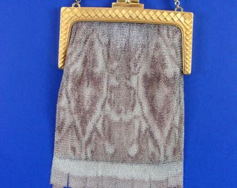 Art  Deco Whiting Davis  Baby Fine Mesh Purse  with Gold Tone Frame