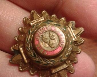 Military brass British uniform button