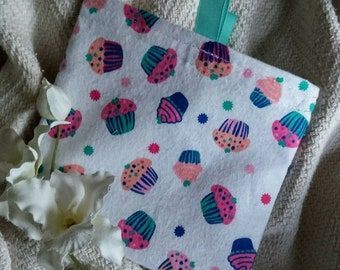"""Eco Friendly Bag, Fabric Baggie, Reusable Snack Bag, Reusable Sandwich Bag, Fabric Pouch, """"Cupcakes Everywhere, with/without tabs"""""""
