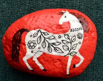 Decorative horse painted rock paperweight