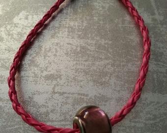 Pendant charm leather bracelet