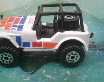 Vintage 1993 Matchbox Jeep 4x4
