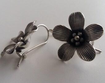 Flower Earrings - Earrings Flor de Felicidad - Sterling Silver Earrings - Flower Jewelry, Handmade Earrings, Gift Idea for Wife