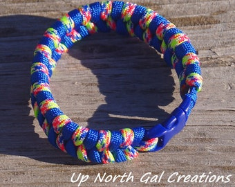 Paracord Dog Collar, Fishtail Pattern Dog Collar, Blue and Multicolor Collar, Bug Out Collar, Cat Collar, Survival Gear, Pet Gift, Yooper