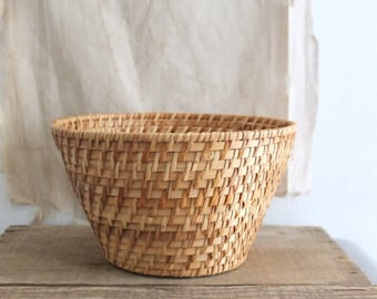Small Vintage Woven Textured Basket Planter