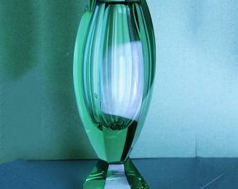 Captivating 1930u0027s Art Deco Vase Green Crystal Glass Vintage Hand Blown Faceted  Designer Signed On The Bottom