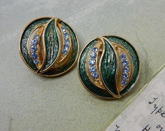 Signed HOLLYCRAFT Green Enamel Leaf & Rhinestone Clip On Earrings    NBR24