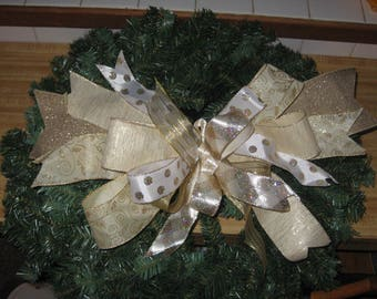 Handmade Wreath Bow in Gold and Cream Wired Ribbon, Christmas Bow, Holiday Bow