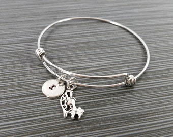 Giraffe Bangle Bracelet - Giraffe Bracelet - Expandable Bangle - Mother Daughter Charm Bangle - Initial Bracelet - New Mom Bracelet