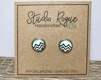 Chevron HYPOALLERGENIC Stainless Steel Earrings / Stud Earrings / Earrings / Gift For Her / 10mm Earrings / Geometric Chevron / Jewelry