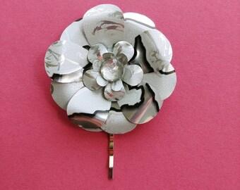 White monster flower hair pin