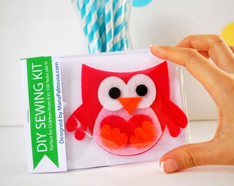 Owl Sewing Kit, Felt Hand-Sewing Kit with PreCut Felt, Craft Felt Sewing Kit, Kid Sewing Kit, diy Felt Sewing Kit READY TO SHIP A792