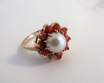 Vintage 9K Gold Pearl & Red Coral Halo Ring. English Daisy Flower Cluster Ring. Modern Floral Ring. Hallmarked London 1969. Mid Century Ring