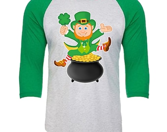 Leprechaun sitting on a pot of Gold - Unisex Tri-Blend 3/4 Sleeve Raglan Baseball T-Shirt - Sizes XS-3XL in 14 Colors!