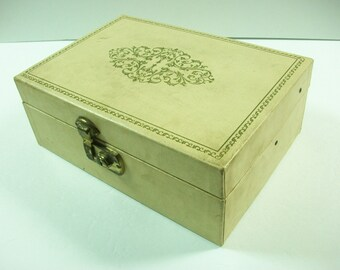 Cream Jewelry Trinket Box With Key Vintage Ivory And Green Scroll Vine Hinged