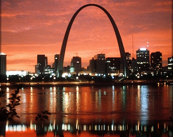 Poster, Many Sizes Available; Gateway Arch, Or Gateway To The West, Is Part Of The Jefferson National Expansion Memorial In St. Louis, Misso