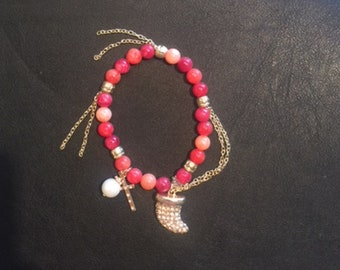 Multi Color Pinks & Reds Gold Horn Charm Bracelet