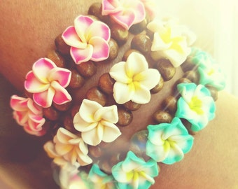 Plumeria bracelet, Plumeria Flower & Wood Bracelet, Polymer Clay Flowers, Easy Elastic Stretch Cord- Comes with FREE mini Plumeria hairclip!