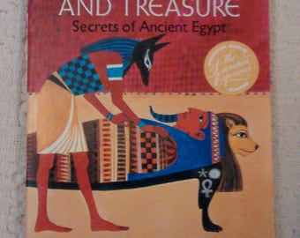 Mummies Tombs and Treasure Secrets of Ancient Egypt by Lila Perl, Ancient Egypt for Kids, Mummy Books, Old School Book, Vintage School Books