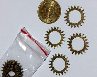 Set of 12 gears of 22mm, gold charms