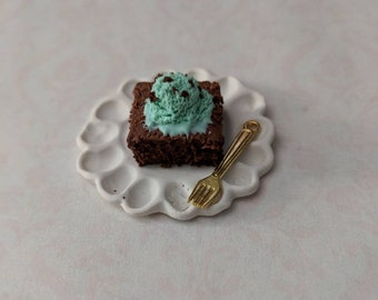 Kawaii Miniature Food charm Brownie with Mint Chocolate Ice cream