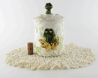 Retro 1970s Neil the Frog Ceramic Cabbage Canister w Lid by Sears & Roebuck Kitschy Kitchen Decor Japan
