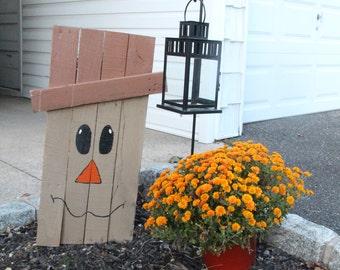 Wood Pallet Scarecrow