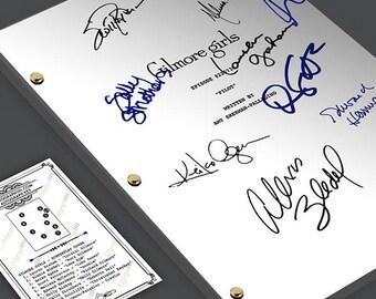 Gilmore Girls Tv Show Pilot Script Screenplay - Signed Autograph Reprint - Lauren Graham, Alexis Bledel, Keiko Agena, Scott Paterson