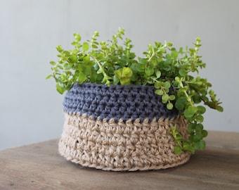 Medium Crochet Plant Holder, Crochet Plant Holder, Crochet Basket, Colorblock Basket, Jute Basket
