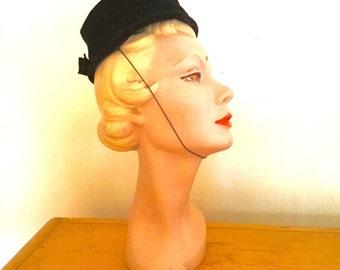 1960's Black Velvet Pullbox Hat