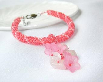 Flower bracelet summer Floral girls jewelry Pink quartz Girlfriend gift teen girl gift Romantic gift for woman Flower rope bead bracelet