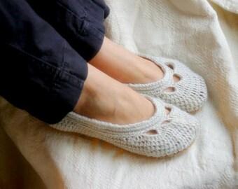 Womens House Slipper Crochet Pattern for Yoke Ballet House Slipper PDF  Pattern number 110 - Instant Download L