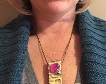 Butter & magenta wood block necklace
