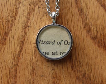 The Wizard of Oz Book Page Pendant Necklace - Frank L. Baum Literary Necklace - Book page Jewelry