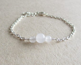 White quartz gemstone minimalist bracelet