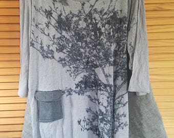 Floral Ruffled Color block Top 2x XXL 3x Shirt Blouse Lagenlook Blouse XXXL Plus Size Eco Friendly Recycled Clothing Gray Charcoal Linen
