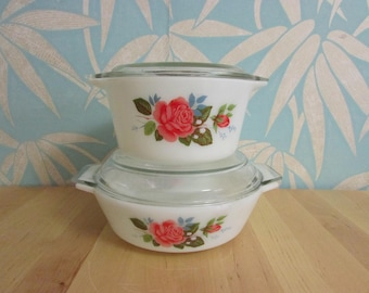 Pair of early 1970s JAJ Pyrex 'Cottage Rose' Junior Space Saver casserole dishes