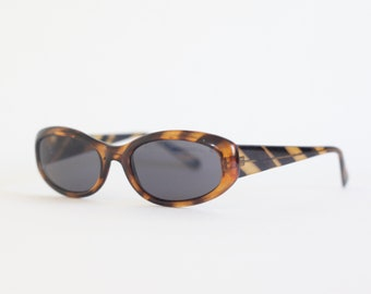 90S brown sunglasses, perfect for spring summer / festival / 90's / square / rave / raver / club-kid / club kid / clubkid / techno