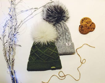 Hat winter warm with pompon