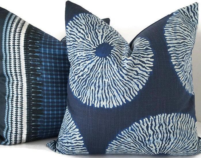 f pillows catalog illum african pd indigo jsp wid shibori handcrafted pillow cover product