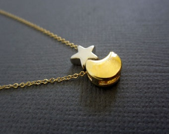 Moon and Star Necklace, Crescent Moon and Star necklace, Two tone necklace.