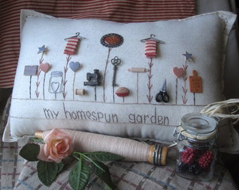 My Homespun Garden Pillow (Cottage Style)
