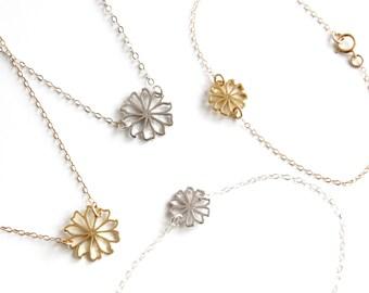 Daisy Necklace / Daisy Bracelet / Flower Girl Set / Flower Girls Gift / Gold Daisy Bracelet / Silver Daisy Necklace / Gold Daisy Necklace
