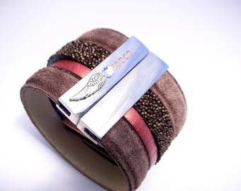 copper pink chocolate leather cuff with large magnetic caviar